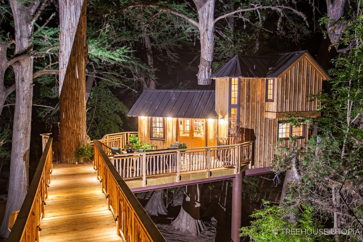 treehouse utopia renew refresh relax